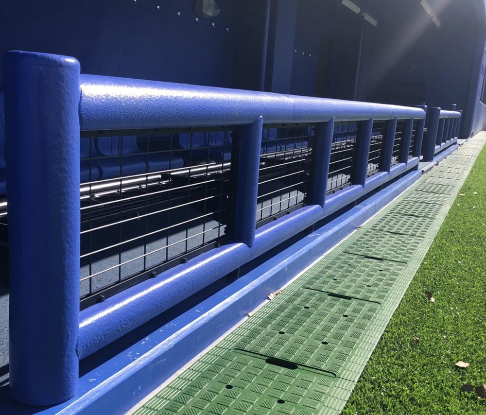 野球場現場吹付防護マット ラテリアPU-S 佐賀県唐津市野球場