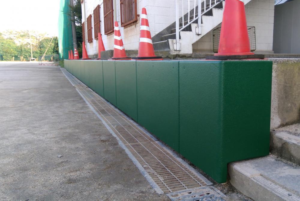 屋外防護マット ラテリアPU 千葉県市川市高等学校