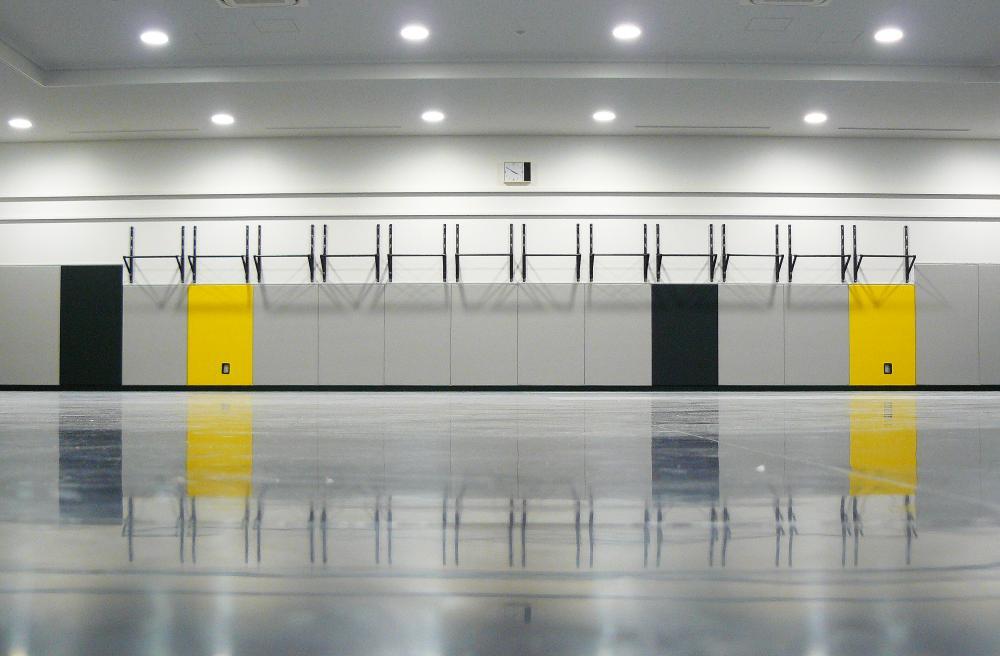 レザーシート仕上げ屋内防護マット ラテリア 東京都福生市アメリカンスクール