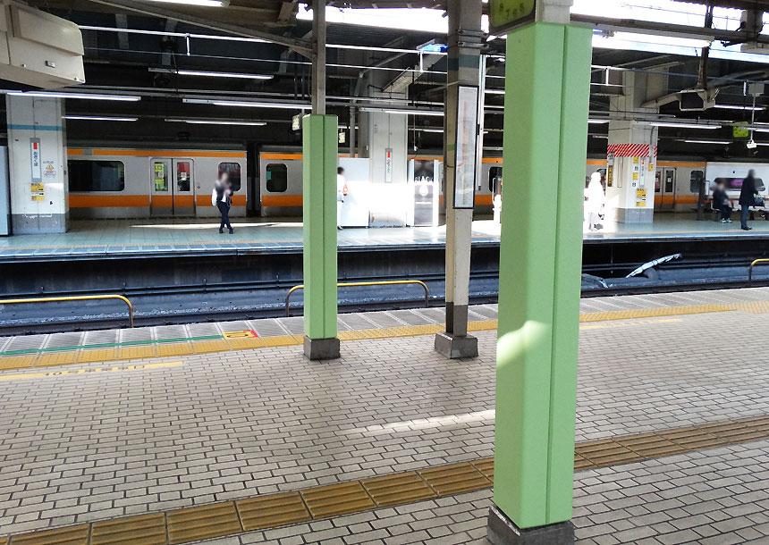 屋外防護マット ラテリアPU 東京都杉並区駅構内
