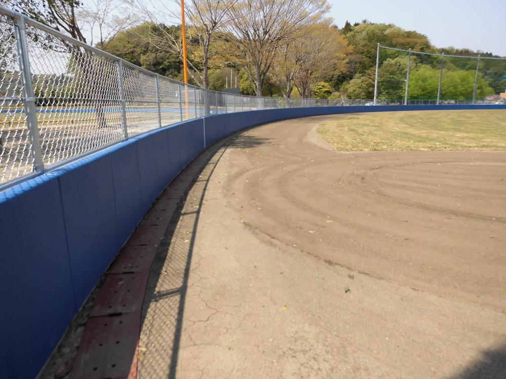 野球場ユニット式防護マット ラテリアPU 茨城県常陸太田市野球場