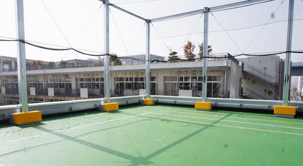 屋外防護マット ラテリアPU 東京都江東区小学校