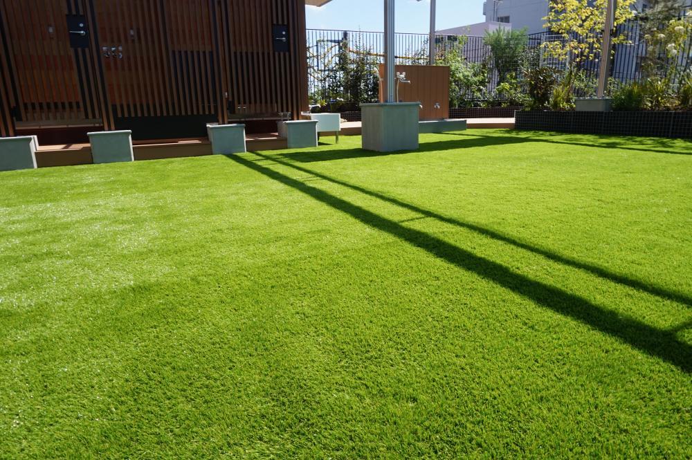 人工芝グレンターフ・アンダーマット サブターフ 東京都品川区保育園屋上