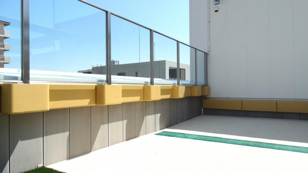 屋外防護マット ラテリアPU 神奈川県川崎市保育所