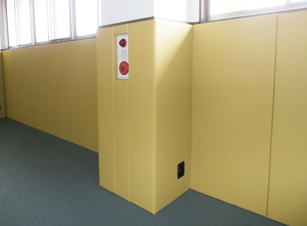 レザーシート仕上げ屋内防護マット ラテリア 兵庫県たつの市支援施設